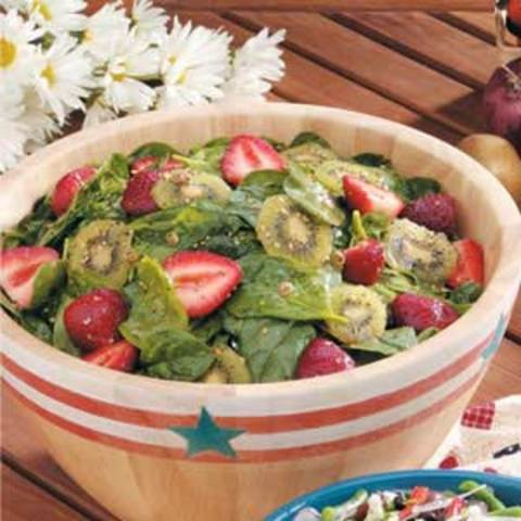 Kiwi-Strawberry Spinach Salad