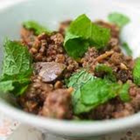 Laab Nuea (Ground Beef Salad)