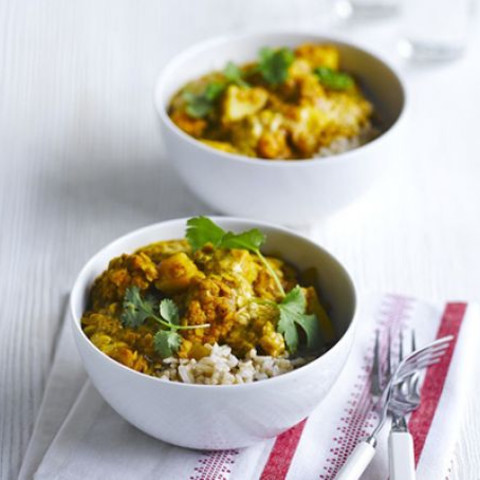 Lentil and cauliflower curry