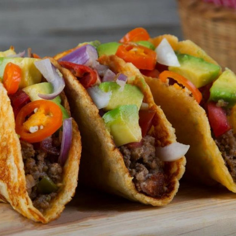 Low Carb Tacos with Cheese Shells