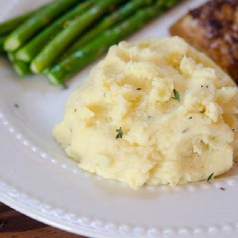 Make Ahead Garlic Herb Mashed Potatoes