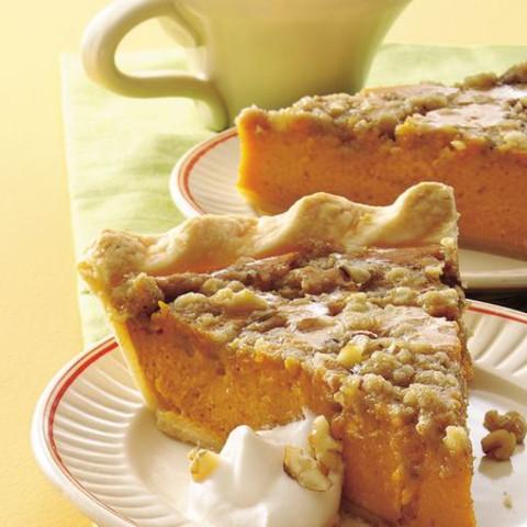 Maple-Walnut Pumpkin Pie