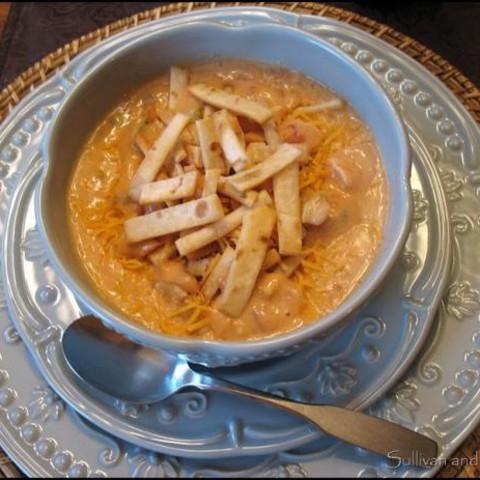 Max  and  Erma's Chicken Tortilla Soup - Sue's Original Clone