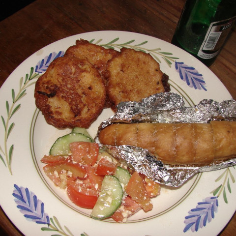 Mixed Bean and beer Fritters with salad