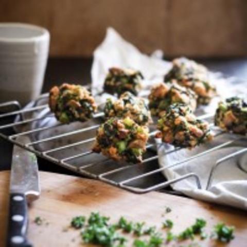 Mushroom + broccoli pakoras with herbed cashew cream