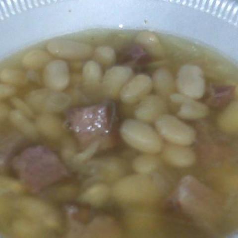 Navy Bean Soup in the Crock Pot