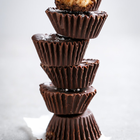 No Bake Chocolate Chip Cheesecake Cookie Dough Cups (Low Carb)