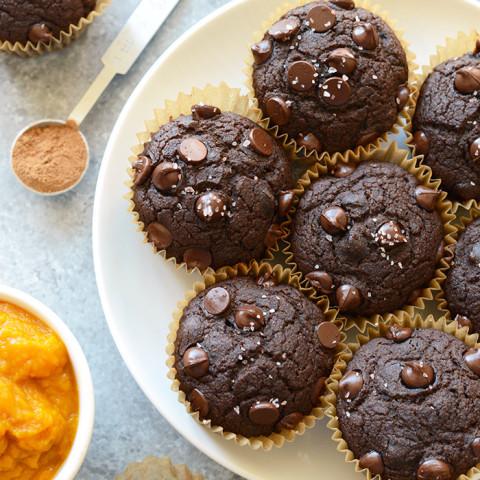 Oil-Free Chocolate Pumpkin Muffins