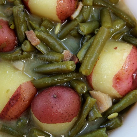 Old Fashioned Slow Stewed Southern Green Beans