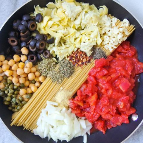 One Pot Spaghetti Alla Puttanesca with Chickpeas and Artichoke Hearts