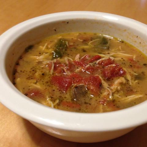 Paleo Chicken Tomato Crockpot Soup