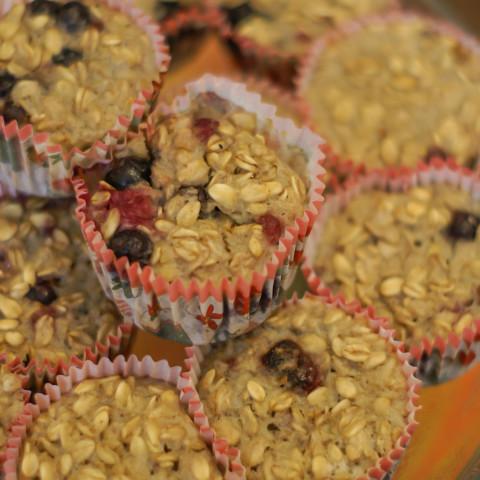 Paleo Sugar Free Berry Oatmeal Breakfast Muffins