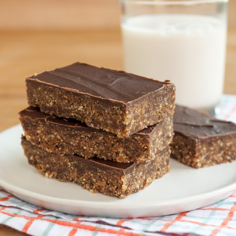 Peanut Butter and Chocolate Energy Bars