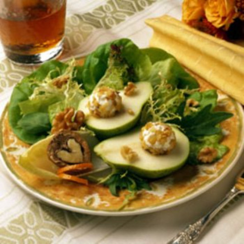 Pear and Goat Cheese Salad with Walnuts