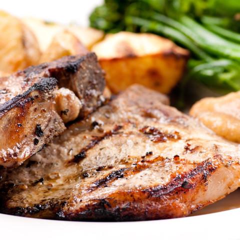 Pepper Rubbed Pork Chops