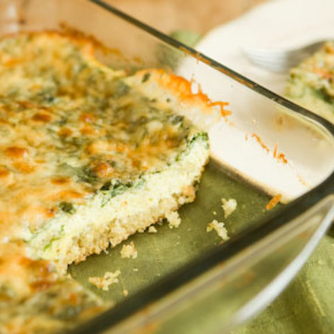 Quinoa Egg Bake with Thyme and Garlic