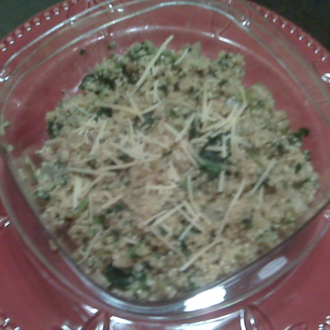 Quinoa with Spinach and Cheese