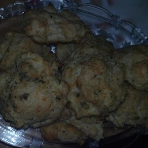 Red Lobster Cheddar Bay Biscuit