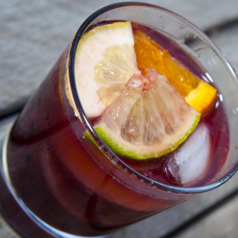 Red wine sangria for Sangria recipe red wine triple sec