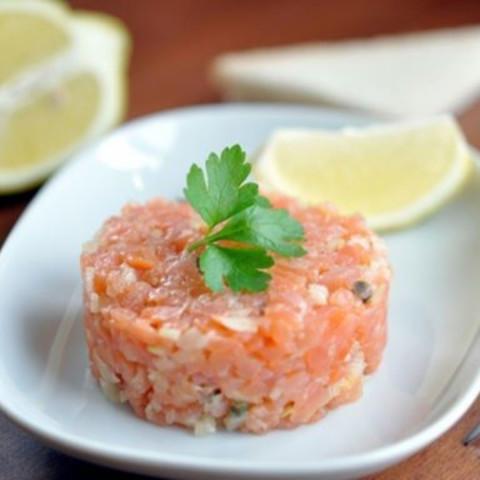 Salmon tatar