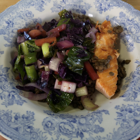 Salmon with Leeks, Carrots and Cabbage