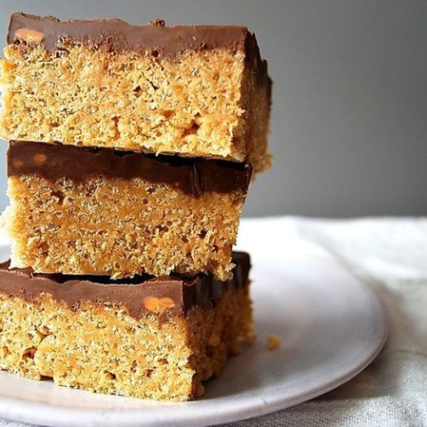 Scotcheroos (Rice Krispies with Peanut Butter, Butterscotch and amp; Chocol