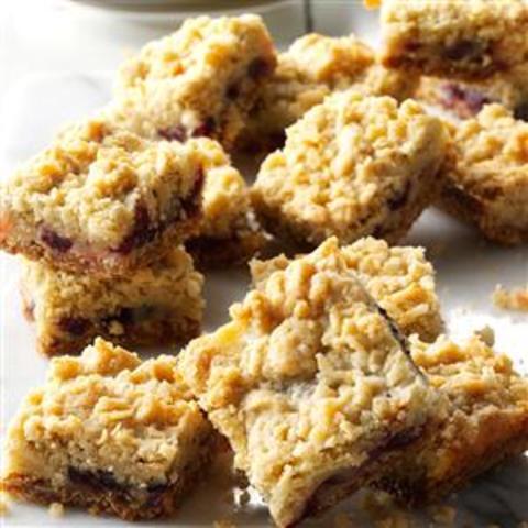 Sour Cream and Cranberry Bars Recipe