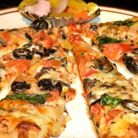 Spinach Pizza with Provolone and Mushrooms