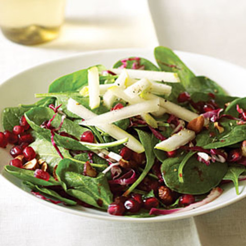 Spinach Pomegranate Salad With Pears and Hazelnuts