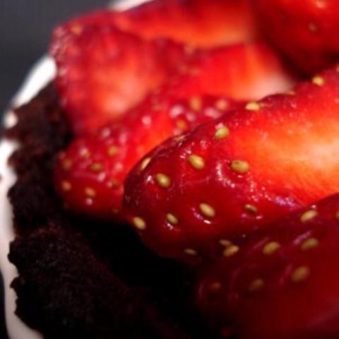 Strawberry Chocolate Mousse Pie
