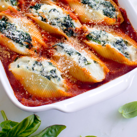 Stuffed Pasta Shells with Spinach and Ricotta