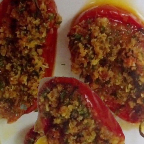 Stuffed Tomatoes with Olive Oil and Bread Crumbs