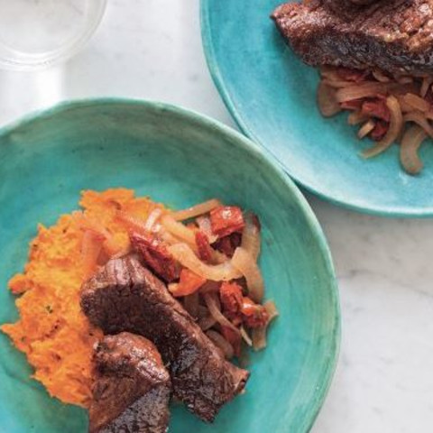 Sun-Dried Tomato and Fennel Braised Short Ribs with Pepper and Carrot Puree