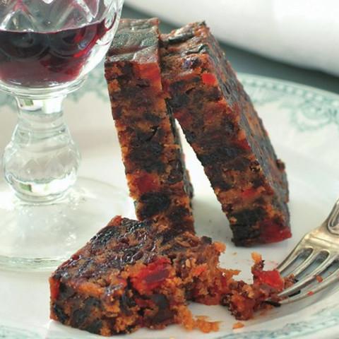 Super-moist rich fruit cake