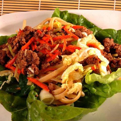 Thai-style Pork with Pasta On Lettuce
