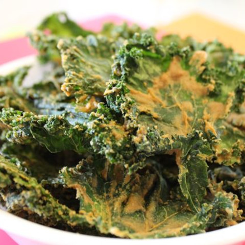 The BEST Kale Chip Recipe