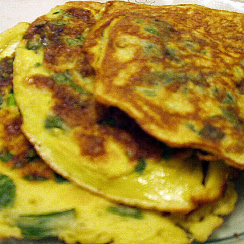 Torrejas De Espinaca (Peruvian Spinach Fritters or Pancakes)