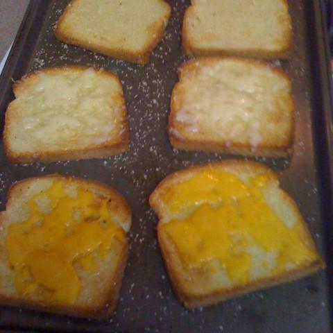 Trailer Park Cheese Bread