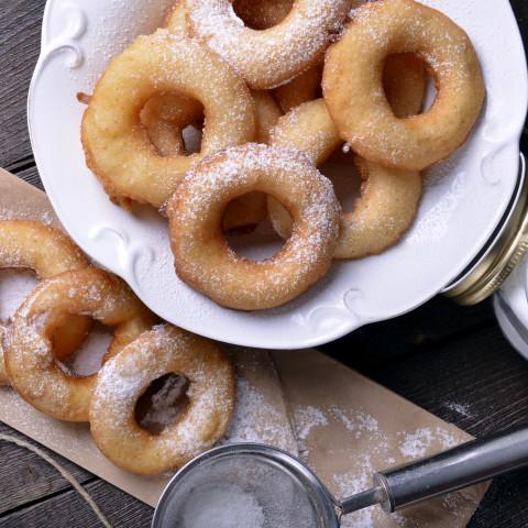 Tropfkrapfen (Drop Donuts)