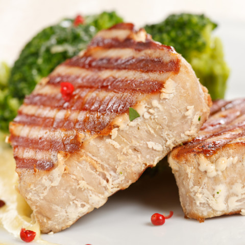 how to cook fresh tuna steaks on the stove