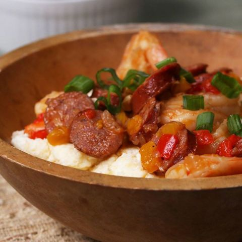 Uncle Pooh's Shrimp, Sausage, And Grits