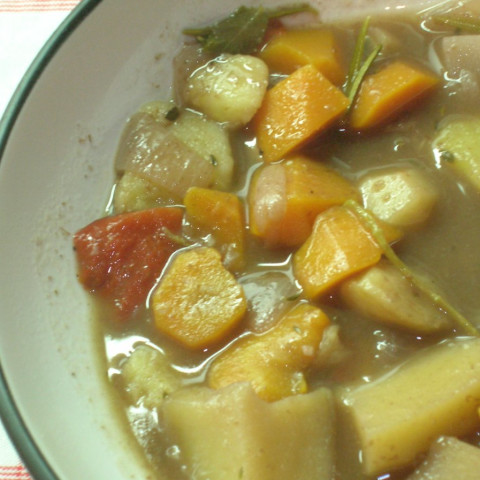 Vegetable Stew with Rich Red Wine Sauce