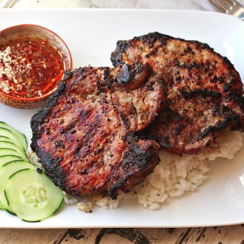 Vietnamese Grilled Lemongrass Pork Chops (Thit Heo Nuong Xa) Recipe