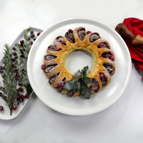 3-Ingredient Nutella Wreath