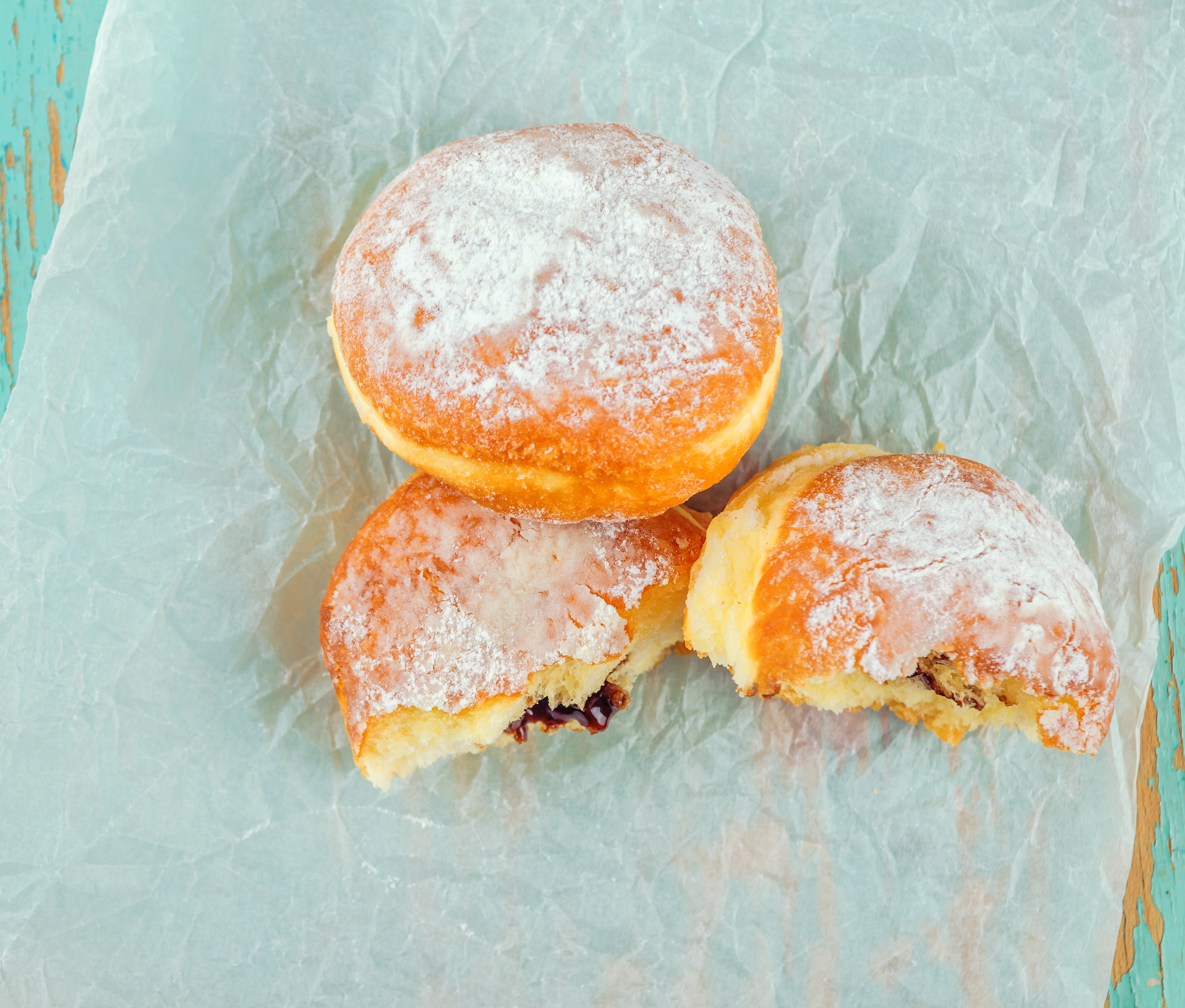 Chai Sufganiyot (Hanukkah Doughnuts) With Orange-Pumpkin ...
