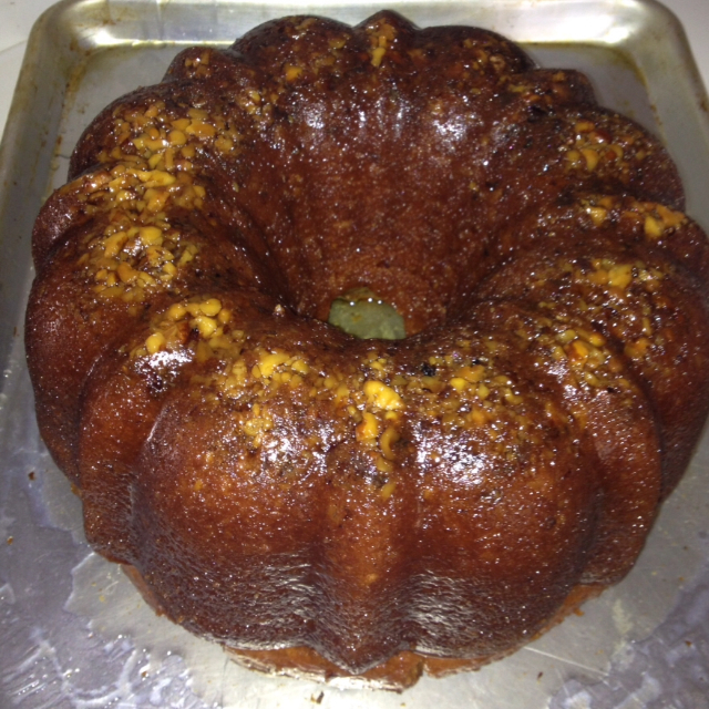Christmas menus page 3 and recipes bigoven for Jamaican chocolate rum cake recipe