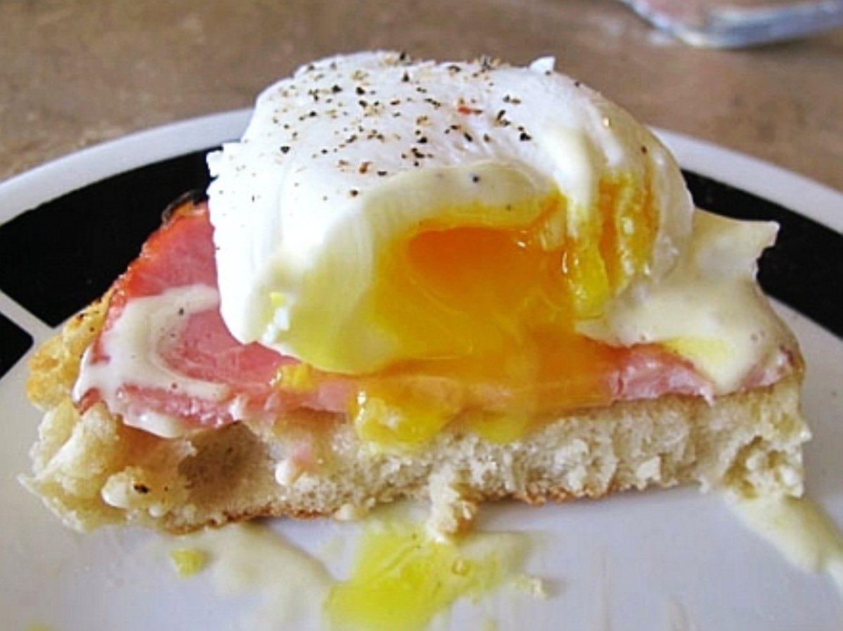 Classic Eggs Benedict