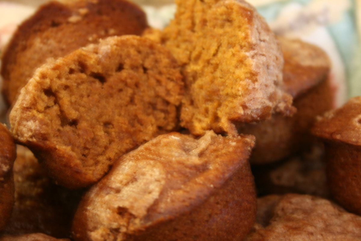 pumpkin-apple-streusel-muffins-2.jpg