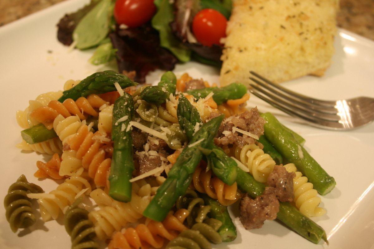 Rainbow Rotini with Sausage & Asparagus