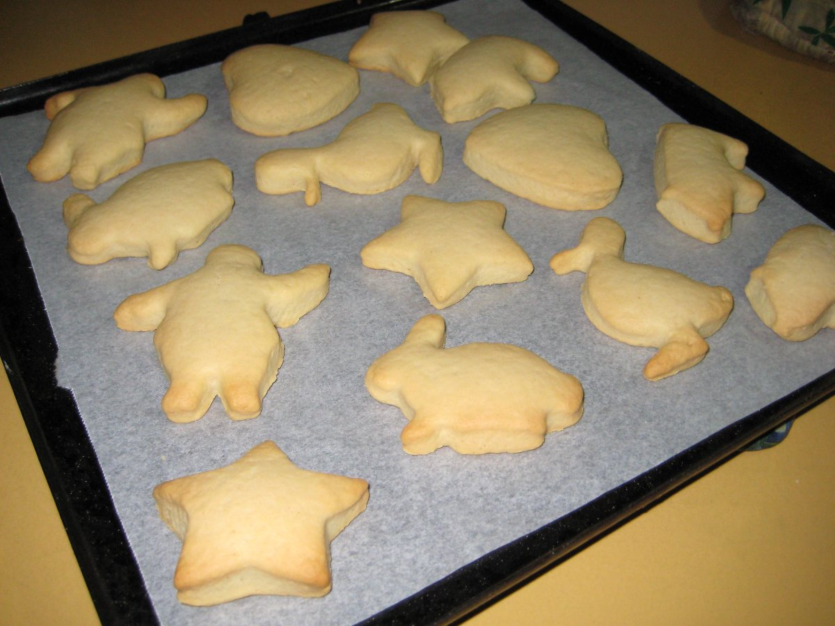 Simple Vanilla Biscuits Cut Out